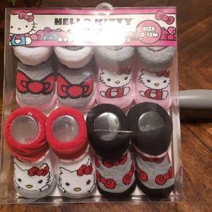 Hello Kitty infant booties